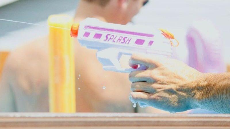 Penis Wasserpistole Test